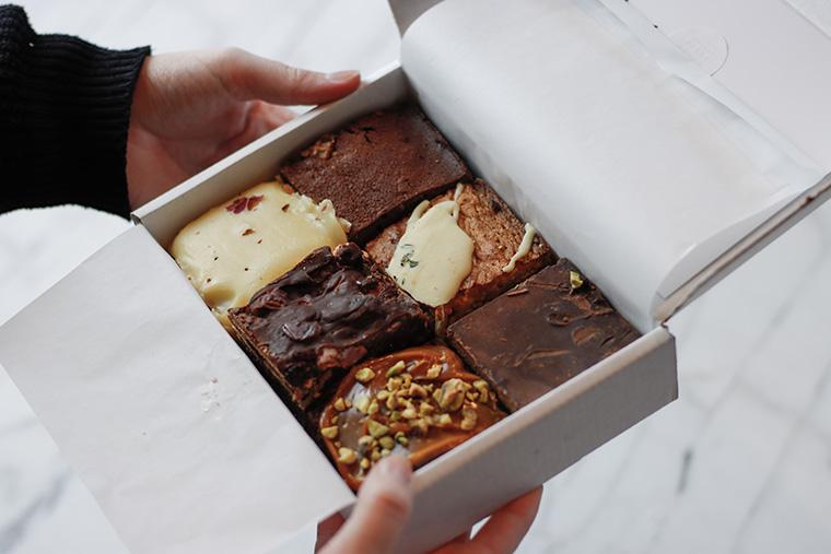 box met meerdere brownies